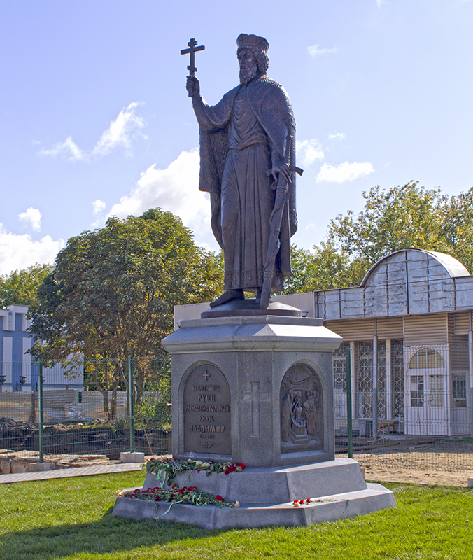 Памятники во владимире цена где надгробная плита фото миасс